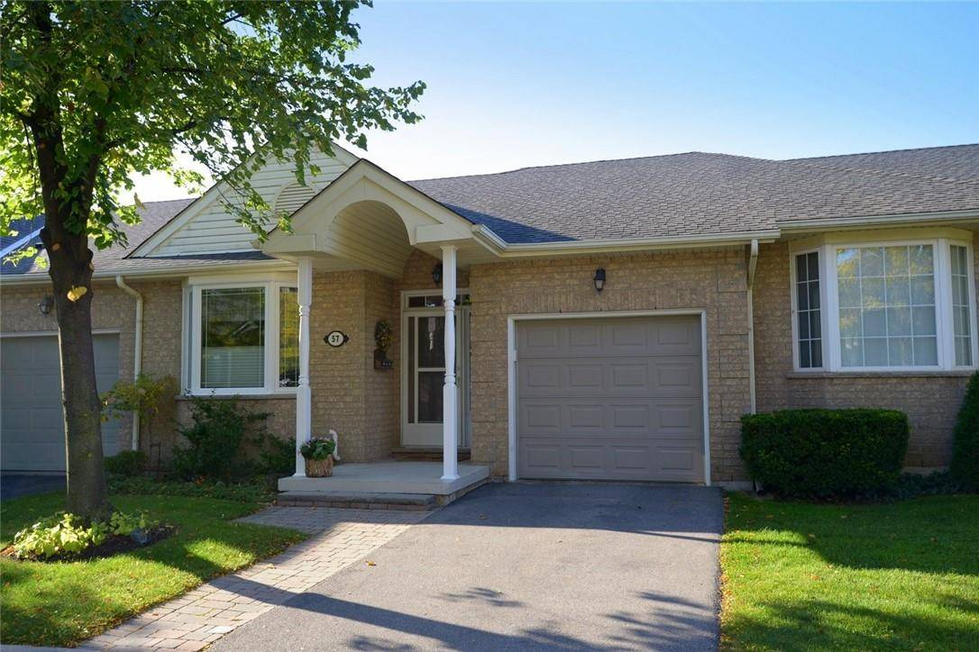 Townhouse for sale at 57 Bocce Dr Glanbrook Ontario - MLS: H4070495