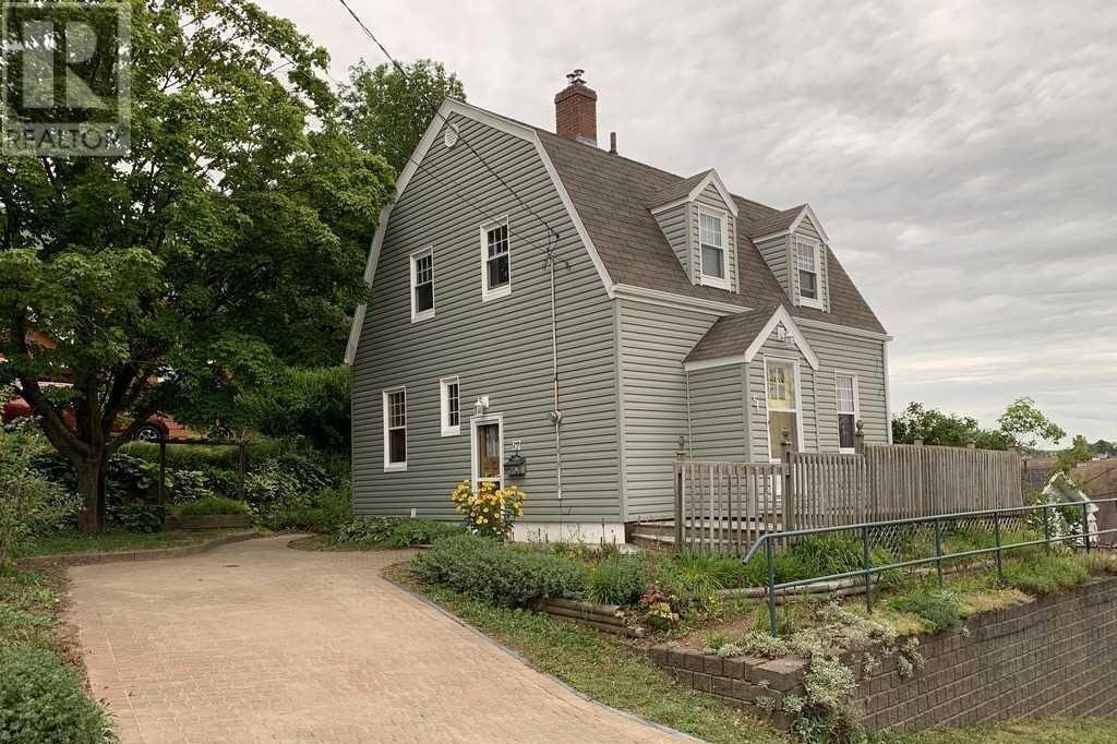 House for sale at 57 Company St New Glasgow Nova Scotia - MLS: 202017303