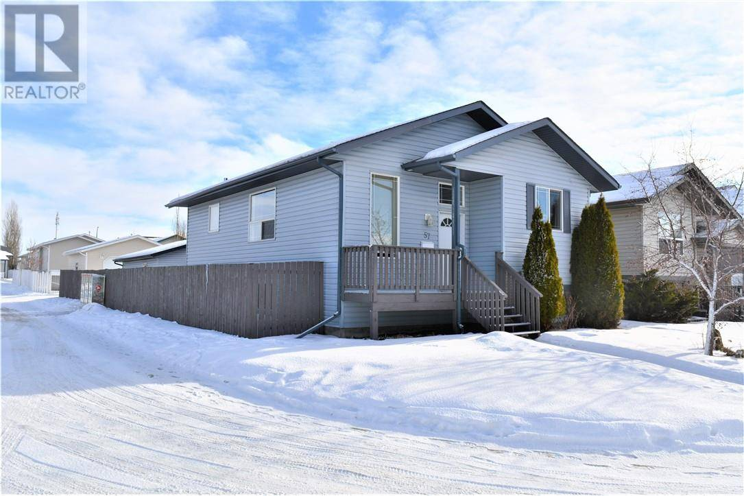 House for sale at 57 Drummond Ave Red Deer Alberta - MLS: ca0187977