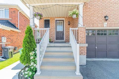 Townhouse for sale at 57 Farthingale Cres Brampton Ontario - MLS: W4516901