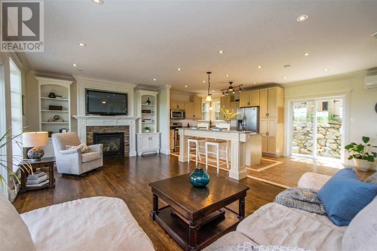 House for sale at 57 Herring Cove Rd Halifax Nova Scotia - MLS: 202010174