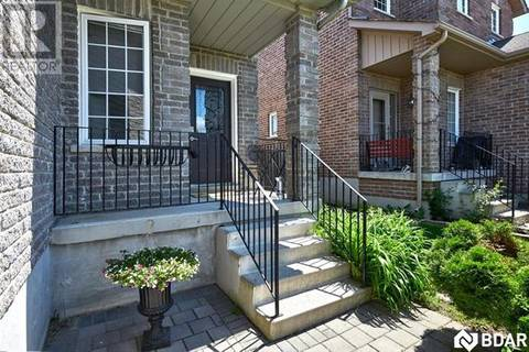 57 Lamont Crescent, Barrie   Image 2