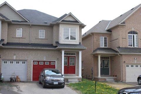 Townhouse for rent at 57 Portrush Tr Brampton Ontario - MLS: W4991744