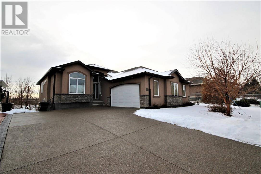 House for sale at 57 Woodland Dr Lacombe Alberta - MLS: ca0182603