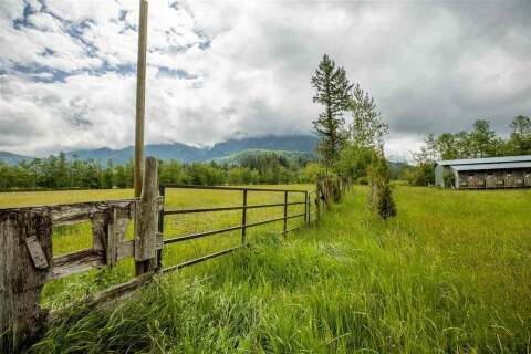 House for sale at 570 Columbia Valley Rd Columbia Valley British Columbia - MLS: R2457028