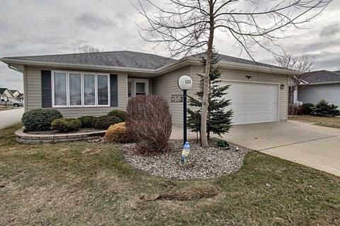 House for sale at 5700 Blackwell Side Rd Sarnia Ontario - MLS: X4720212