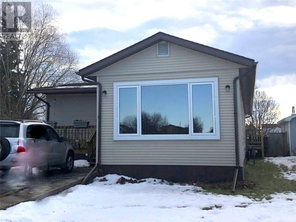 Home for sale at 5707 59 Ave Rocky Mountain House Alberta - MLS: ca0171749