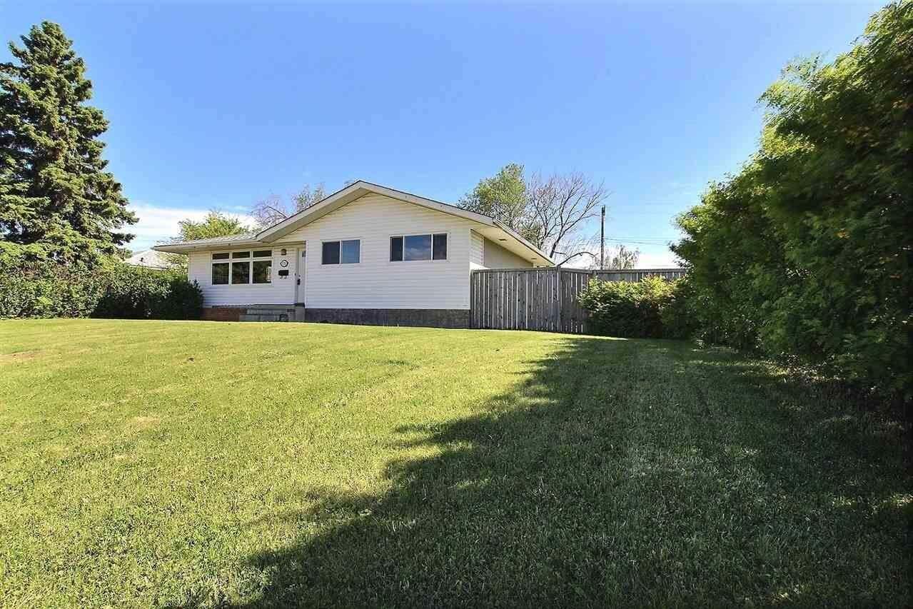 House for sale at 5707 97a Av NW Edmonton Alberta - MLS: E4200088