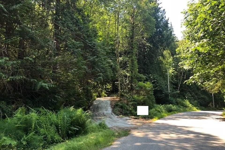 Residential property for sale at 5707 Tillicum Bay Rd Sechelt British Columbia - MLS: R2440896
