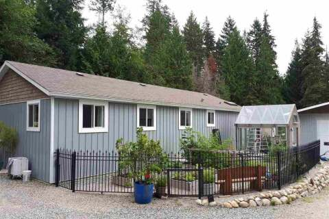 Residential property for sale at 5711 Sandy Hook Rd Sechelt British Columbia - MLS: R2482281