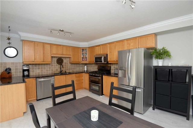 For Sale: 5712 Rosaline Road, Burlington, ON | 3 Bed, 3 Bath House for $799,000. See 20 photos!