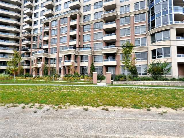 Removed: 572 - 23 Cox Boulevard, Markham, ON - Removed on 2017-10-31 06:02:35