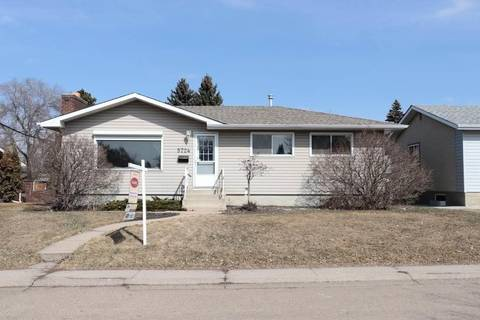 House for sale at 5724 90 Ave Nw Edmonton Alberta - MLS: E4150413
