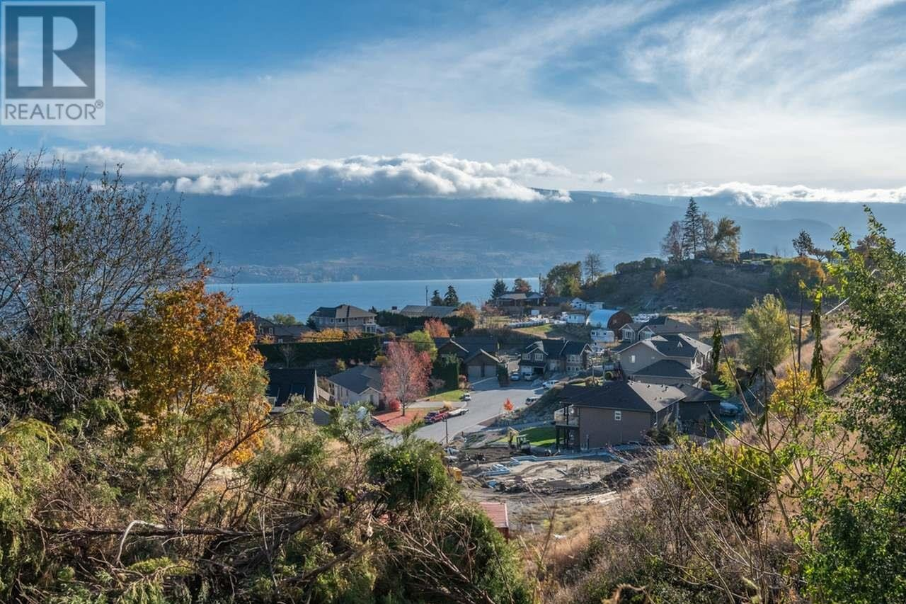 House for sale at 5724 Clark St Summerland British Columbia - MLS: 186654