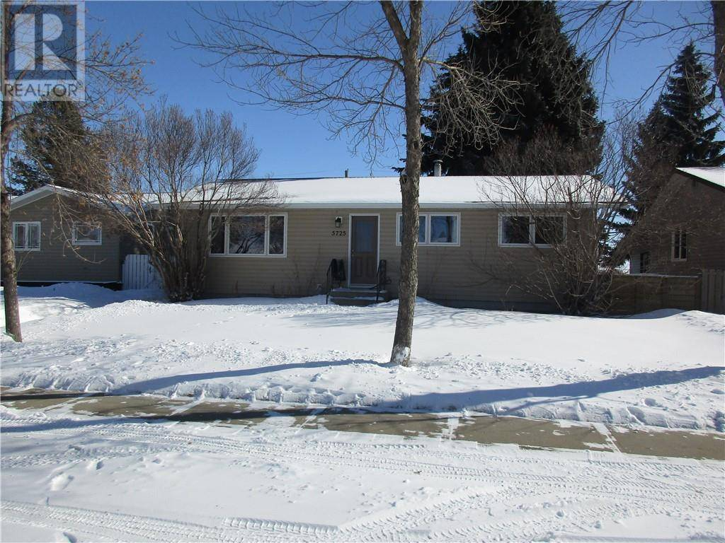 House for sale at 5725 40 Ave Stettler Alberta - MLS: ca0190954