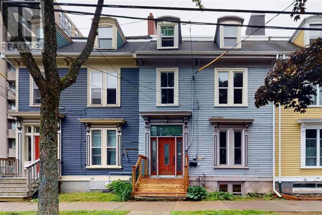 House for sale at 5728 Victoria Rd Halifax Nova Scotia - MLS: 202011971