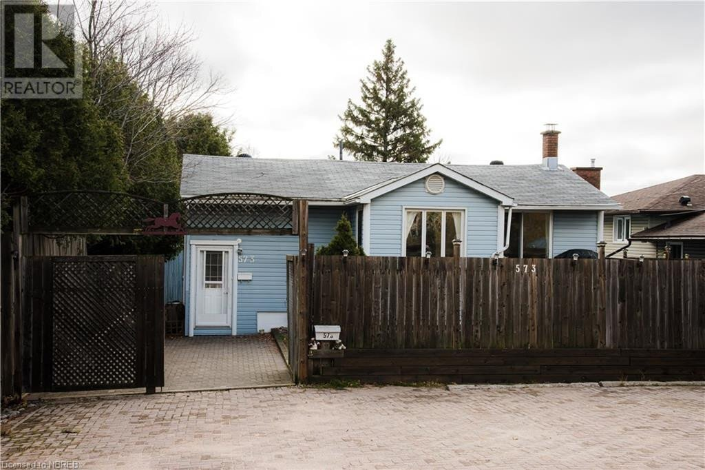 House for sale at 573 Airport Rd North Bay Ontario - MLS: 40036603