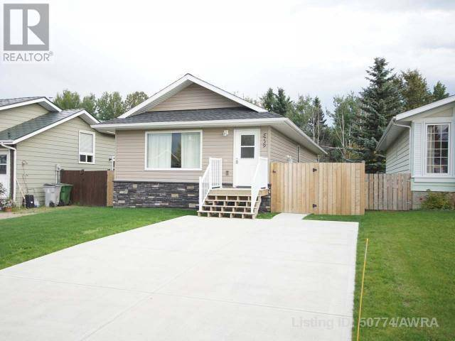 House for sale at 5739 9 Ave Edson Alberta - MLS: 50774