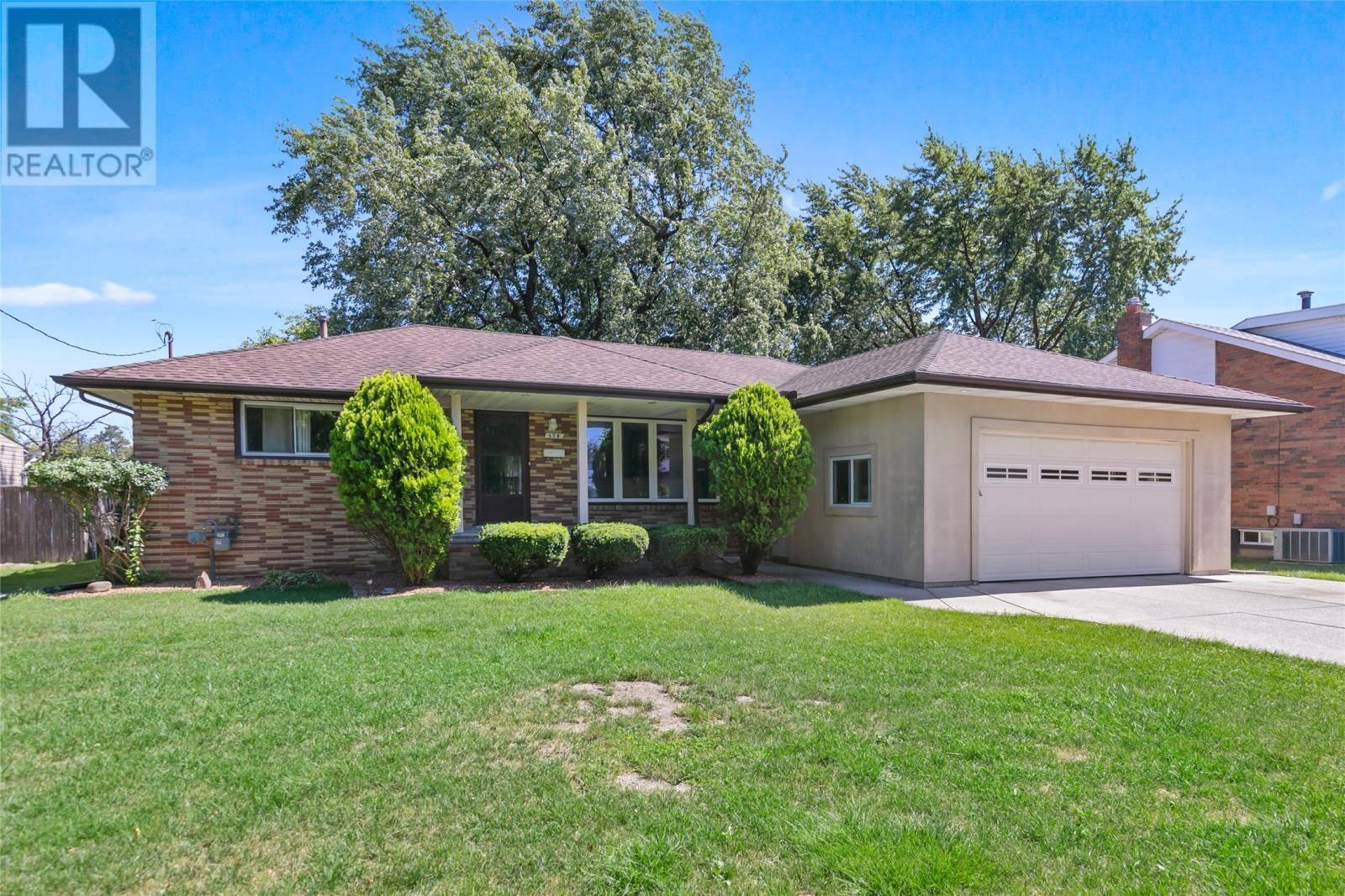 House for sale at 574 Brighton Rd St. Clair Beach Ontario - MLS: 19028422