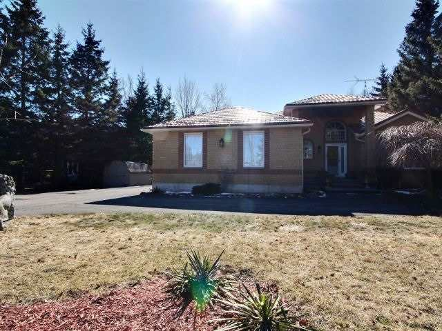 For Sale: 5744 4th Line, Guelph Eramosa, ON | 2 Bed, 3 Bath House for $674,500. See 20 photos!