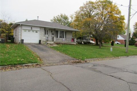 House for sale at 57.5 Park Ave St. Thomas Ontario - MLS: 40038218