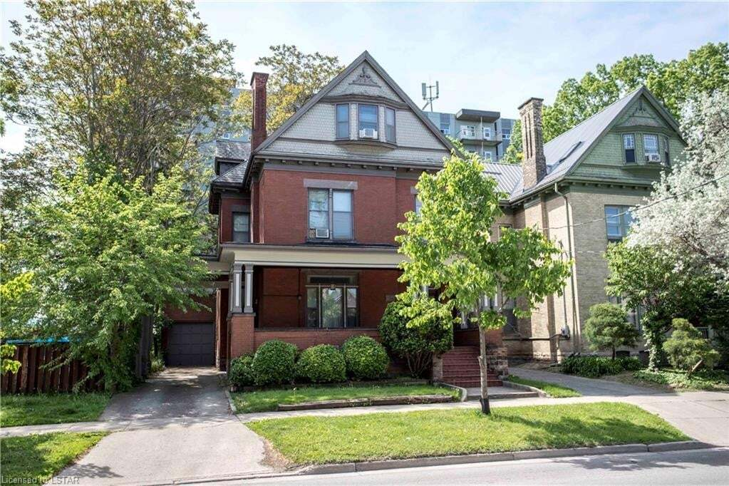 Townhouse for sale at 575 Queens Ave London Ontario - MLS: 263680