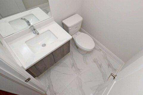 Apartment for rent at 575 Wedgewood Dr Burlington Ontario - MLS: W4989310