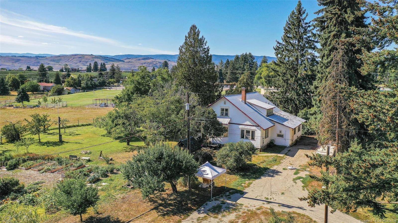 House for sale at 5764 East Vernon Rd Vernon British Columbia - MLS: 10190734