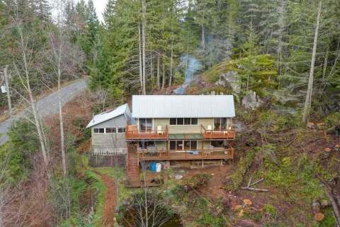 House for sale at 5768 Leaning Tree Rd Halfmoon Bay British Columbia - MLS: R2426129