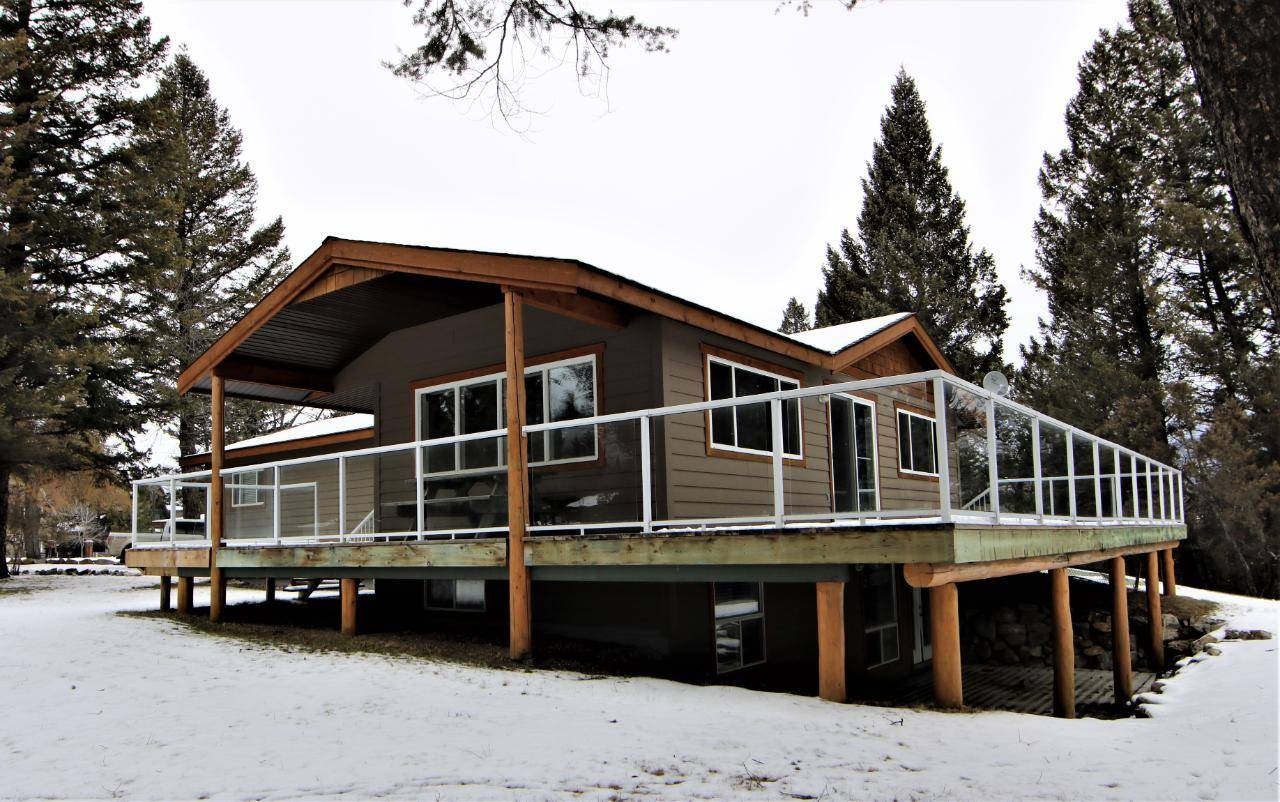 House for sale at 5786 Osprey Road  Fairmont/columbia Lake British Columbia - MLS: 2450603