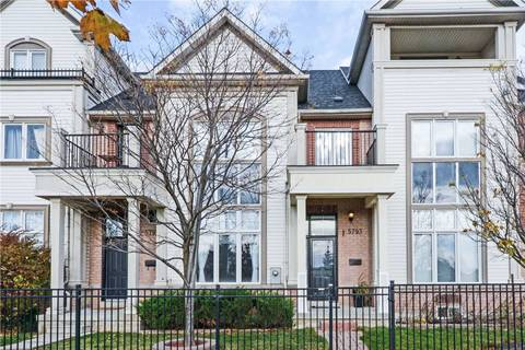 Townhouse for sale at 5793 Tenth Line Mississauga Ontario - MLS: W4626390