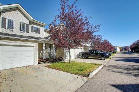 58 Country Village  Villas NE, Calgary | Image 1