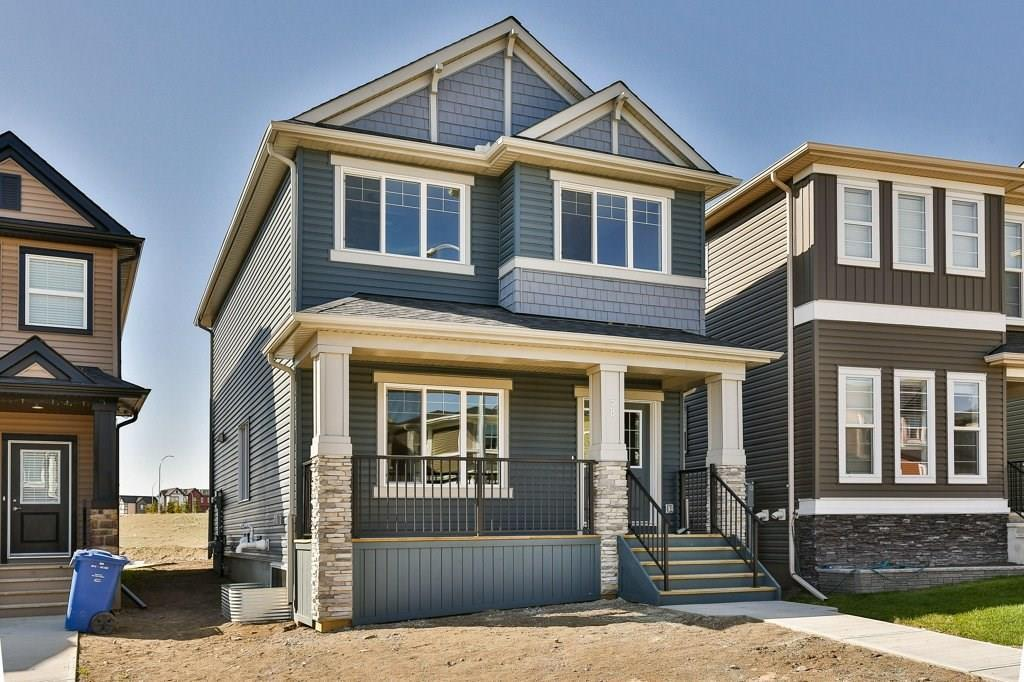 For Sale: 58 Evanscrest Heights Northwest, Calgary, AB | 3 Bed, 2 Bath House for $400,000. See 30 photos!