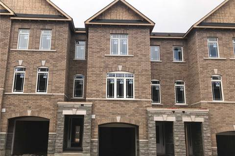 Townhouse for sale at 58 Gordon Circ Newmarket Ontario - MLS: N4452695