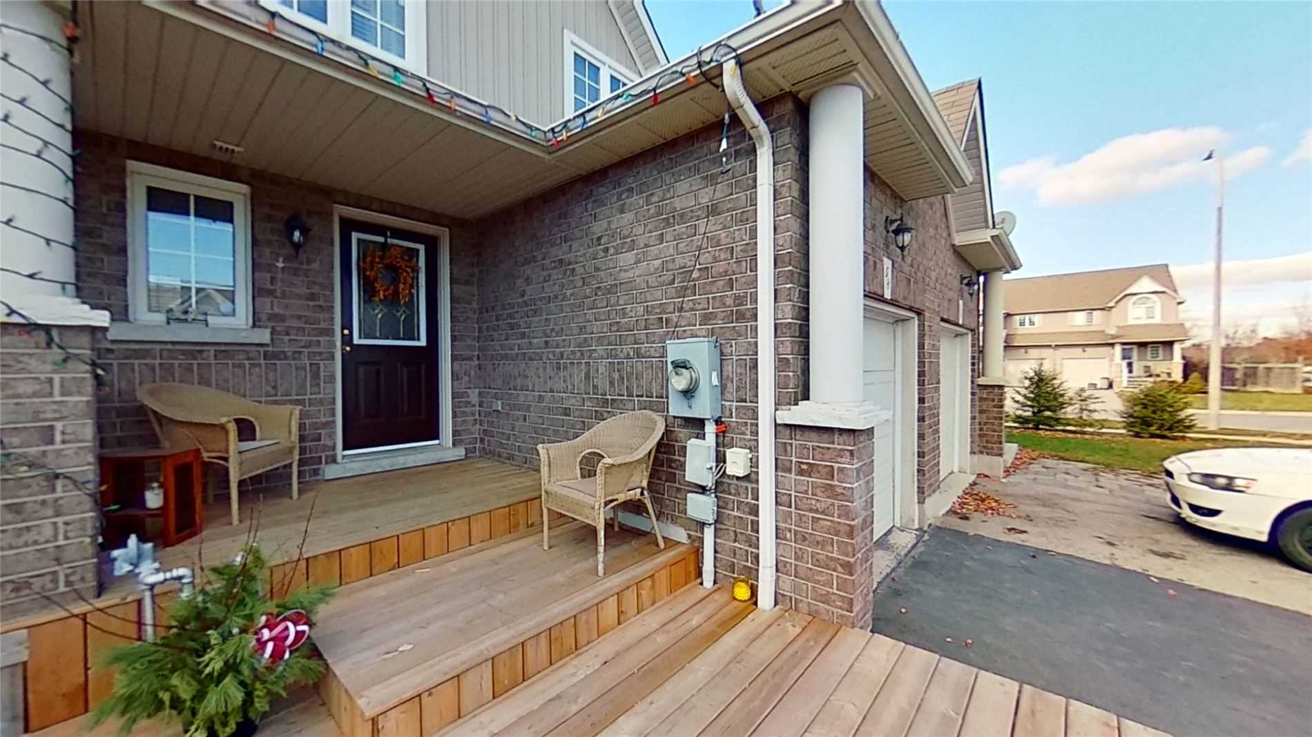 For Sale: 58 Knight Street, New Tecumseth, ON | 3 Bed, 3 Bath Townhouse for $569000.00. See 4 photos!