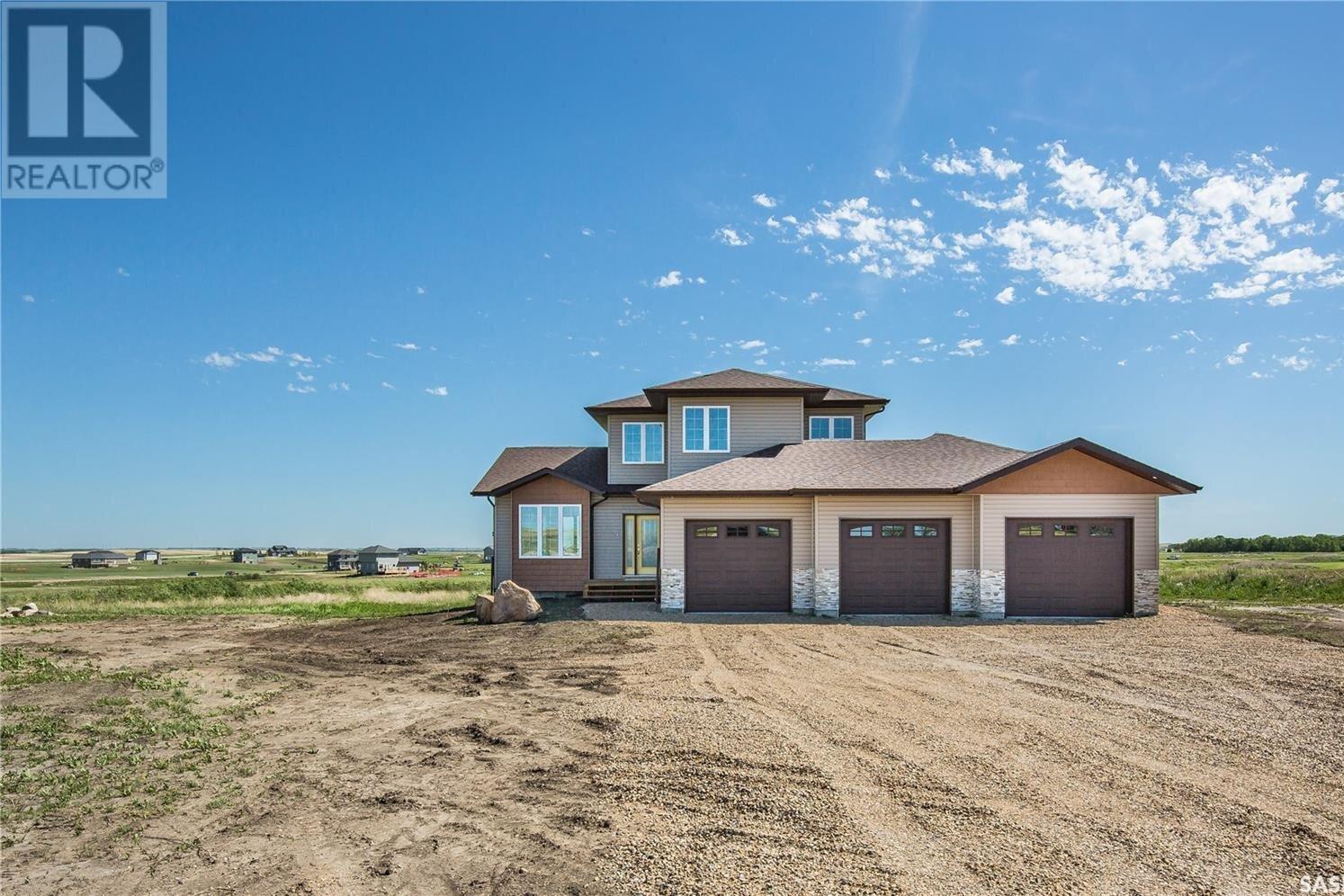 House for sale at 58 Meadowlark Cres Blucher Rm No. 343 Saskatchewan - MLS: SK829009
