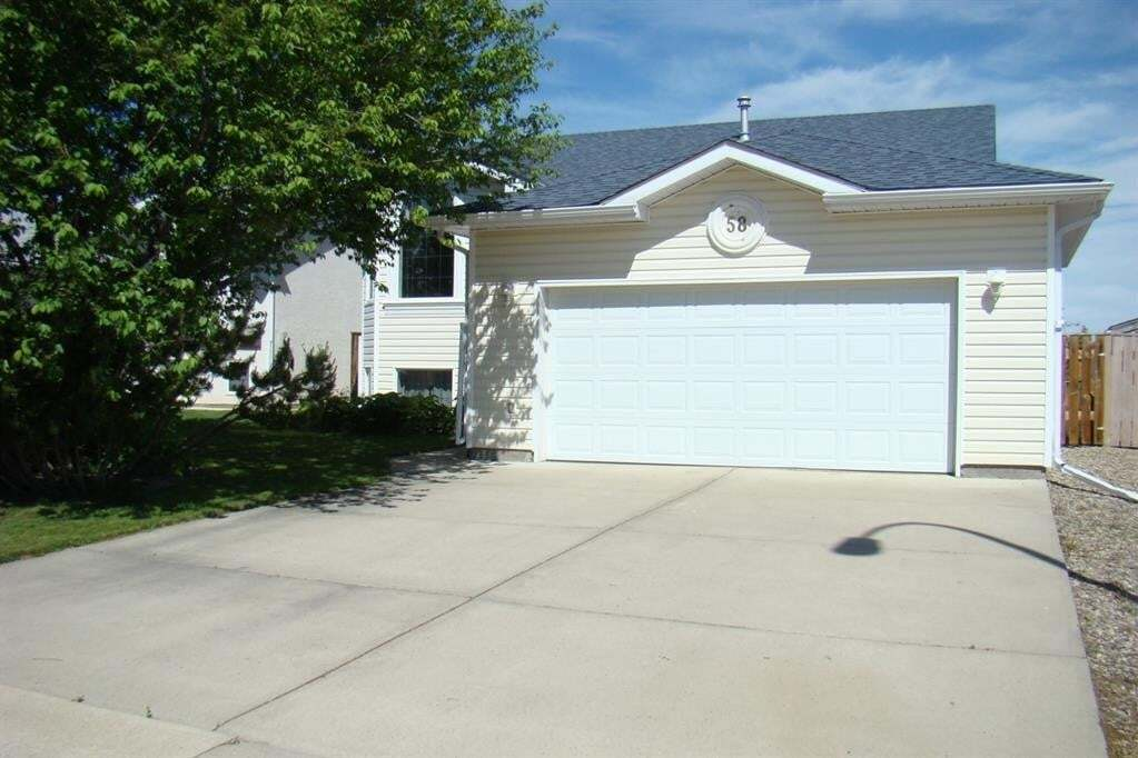 House for sale at 58 Mt Alderson Cres West Lethbridge Alberta - MLS: A1002885
