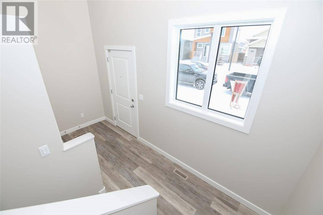 58 Village Crescent, Red Deer   Image 2