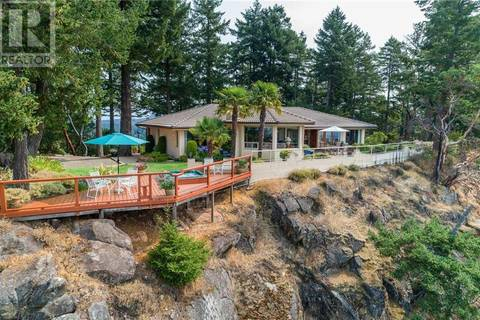 House for sale at 5802 Pirates Rd Pender Island British Columbia - MLS: 412263