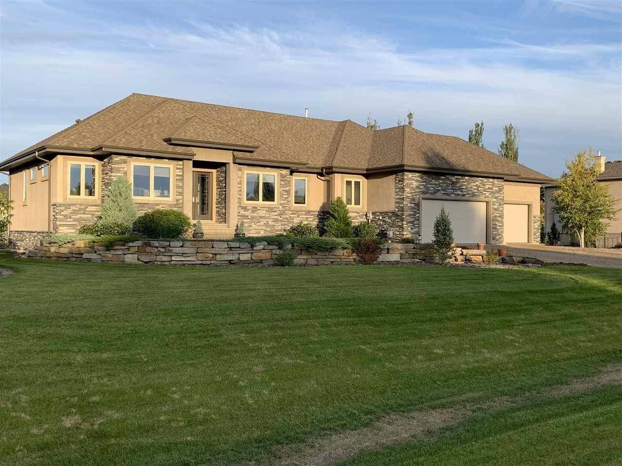 581 Manor Pointe Court, Rural Sturgeon County | Image 1