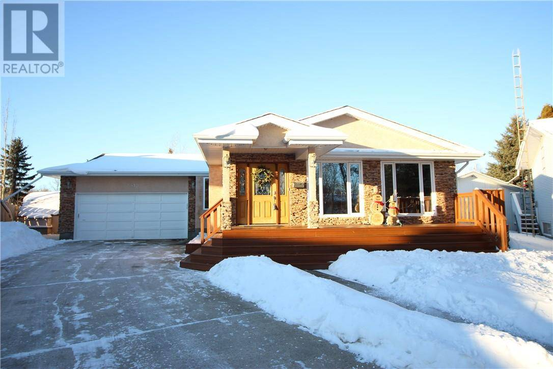 House for sale at 5810 41 Ave Camrose Alberta - MLS: ca0188579