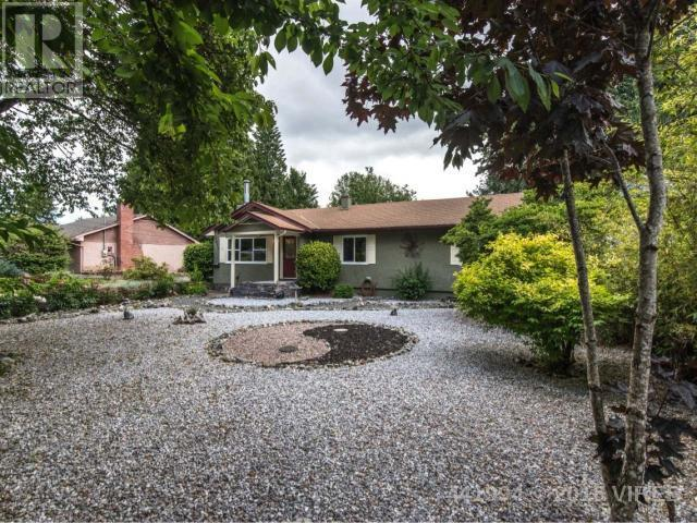 For Sale: 5811 Wilson Avenue, Duncan, BC | 3 Bed, 1 Bath House for $424,900. See 41 photos!