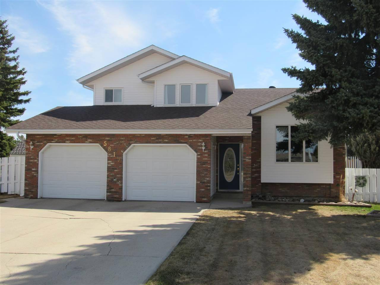 House for sale at 5817 55a St Barrhead Alberta - MLS: E4191317