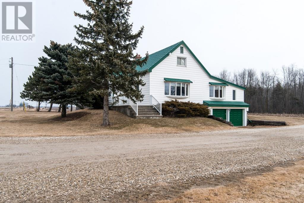 For Sale: 5819 Highway 6 Highway, Guelph Eramosa, ON | 2 Bed, 2 Bath House for $699,900. See 30 photos!