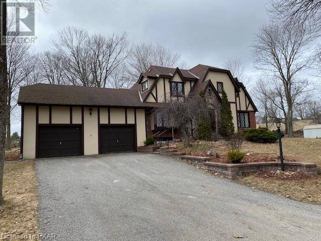 House for sale at 582 Dalhaven Rd Ennismore Township Ontario - MLS: 239104