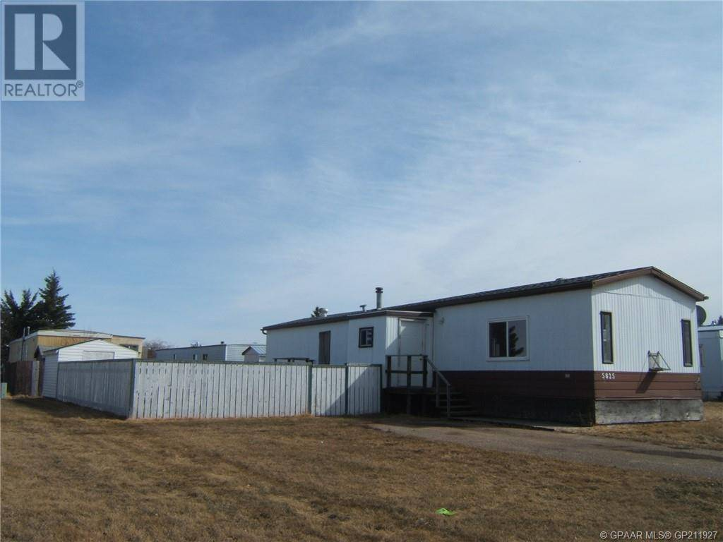 House for sale at 5825 46 St High Prairie Alberta - MLS: GP211927