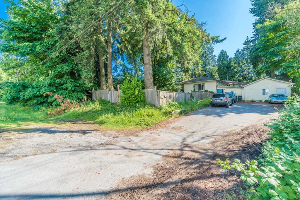 For Sale: 5825 King George Boulevard, Surrey, BC | 11 Bed, 3 Bath House for $1,299,000. See 15 photos!