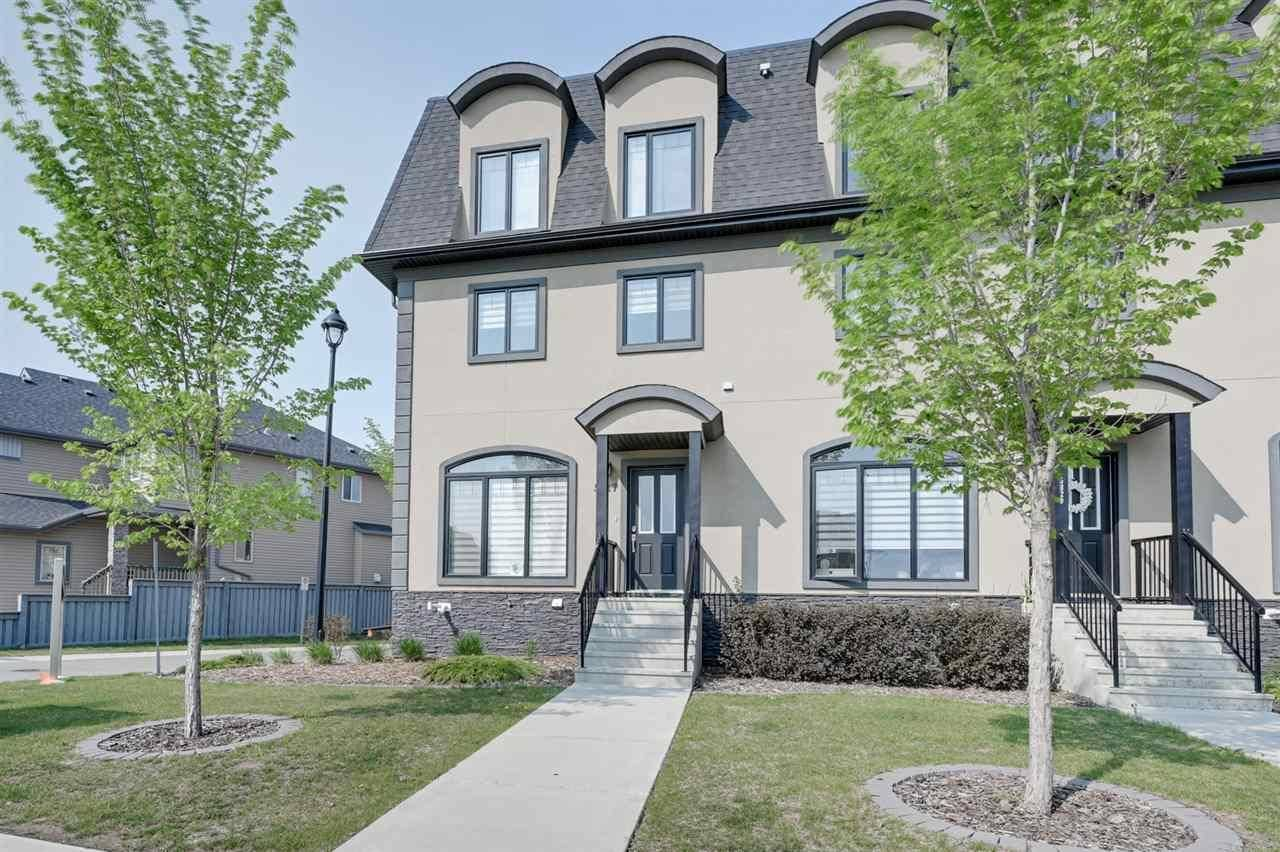 Townhouse for sale at 5827 Mullen Pl Nw Edmonton Alberta - MLS: E4176958