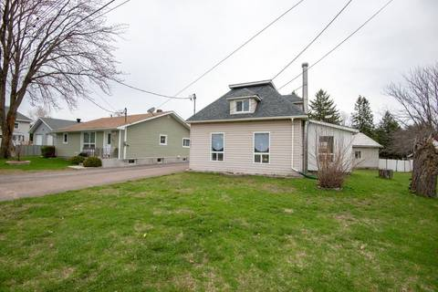 House for sale at 583 Boundary Rd E Pembroke Ontario - MLS: 1152610