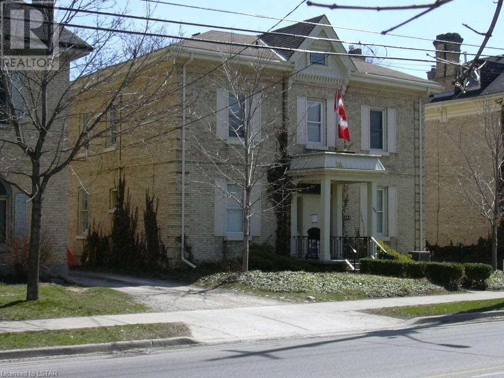 Townhouse for sale at 584 Talbot St London Ontario - MLS: 223407